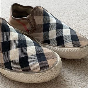 Burberry slip on shoes